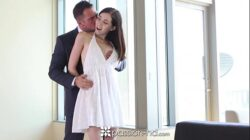 Passion-HD – Sexy brunette Hannah Hartman takes a big dick